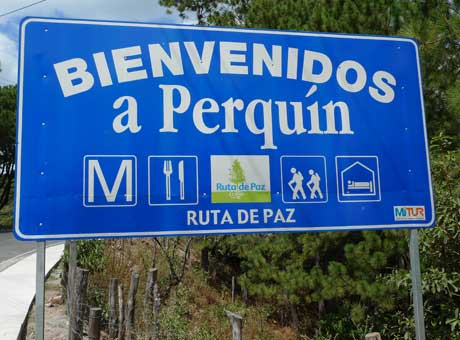 perquin_town_sign