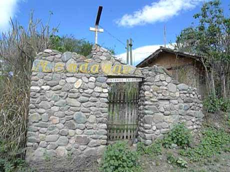 cerro_mandango_entrance