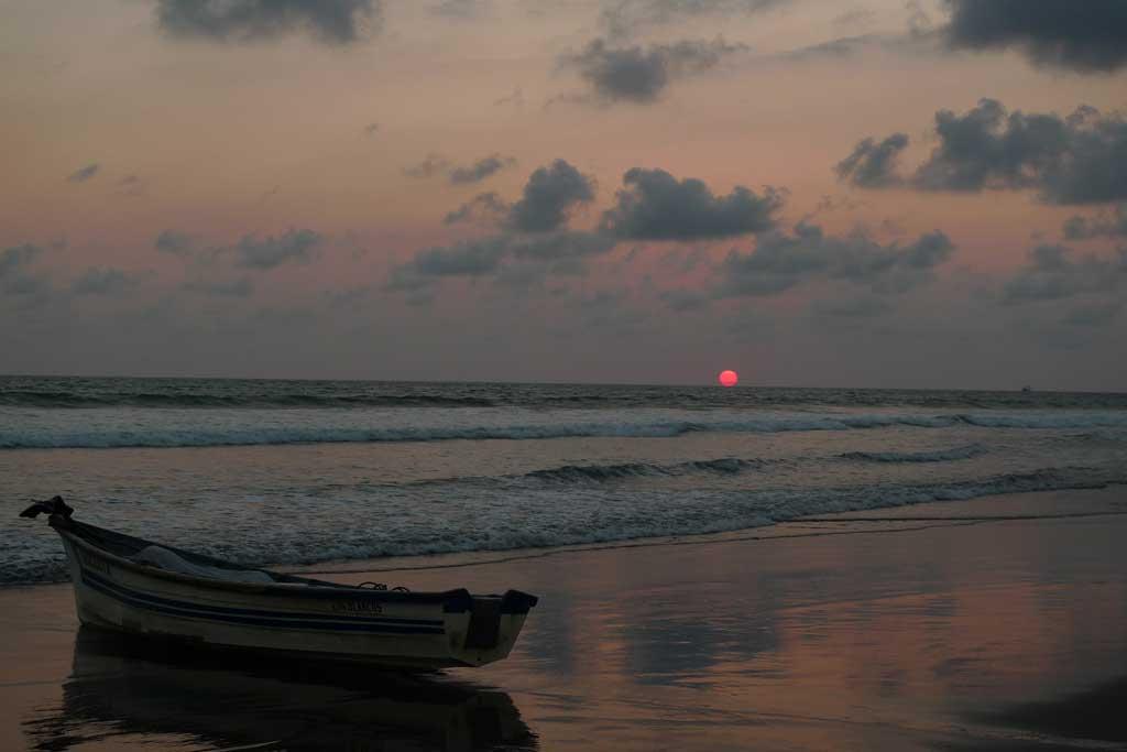 playa_los_Blancos1
