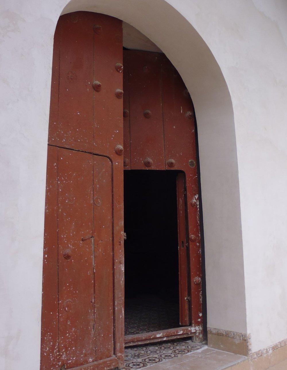 viscas_peru_church_door
